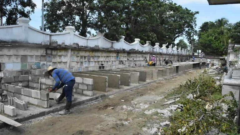 Colapso en cementerio de Santa Clara obliga a enterrar muertos en otros municipios