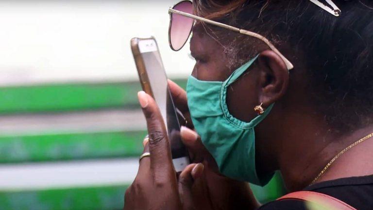 Cuba: nuevo paquete de normas limita la libertad de expresión en Internet