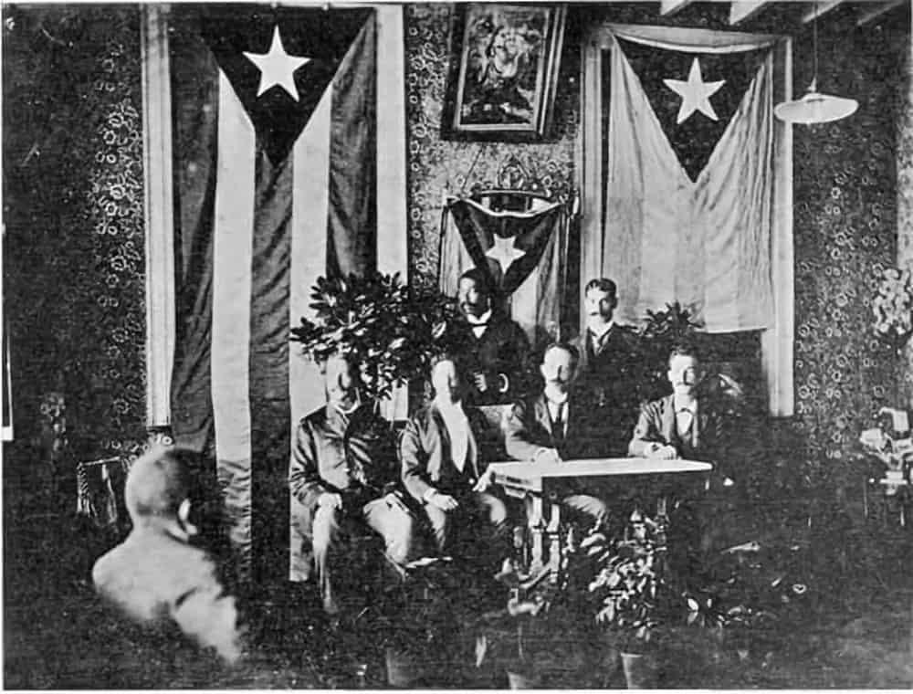 José Martí en Jamaica bandera cuba y puerto rico
