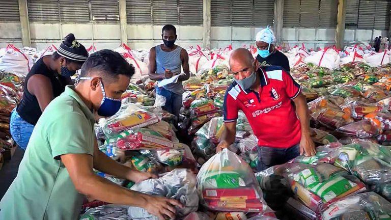 """Denuncian """"faltantes"""" en la entrega de módulos alimenticios de donación"""